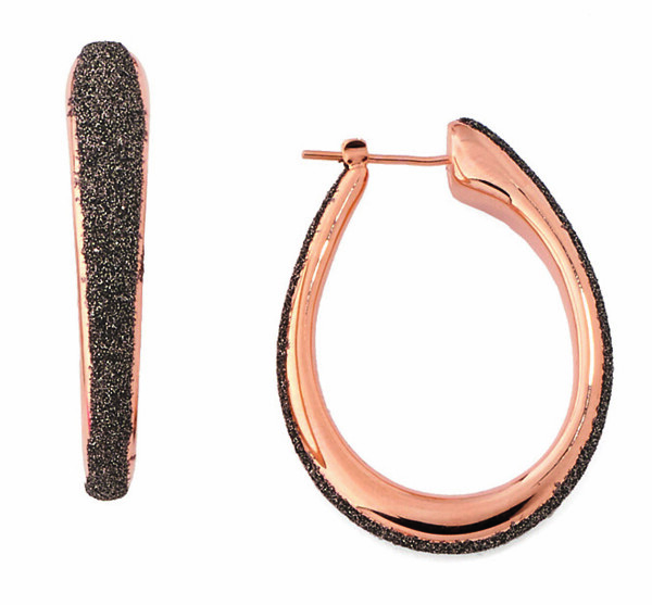 Closeup photo of Polvere Di Sogni Oval Earrings (Rose Gold And Antelope Dust)