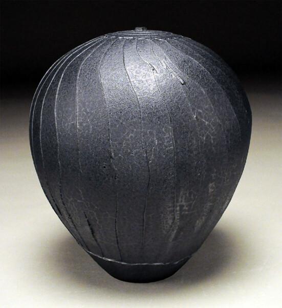Closeup photo of Graphite Facet