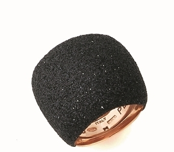 Closeup photo of Large Pillow Polvere Di Sogni Ring - Rose Gold & Black Dust
