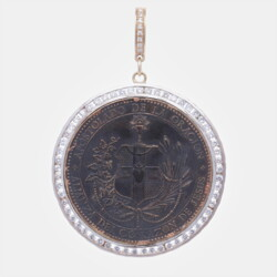 Closeup photo of Spanish Sacred Heart Pendant