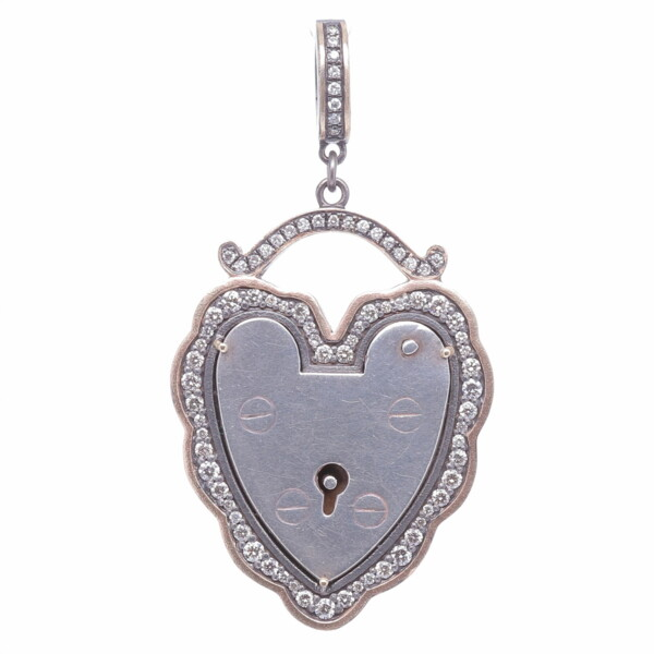 Closeup photo of Old English Padlock Pendant