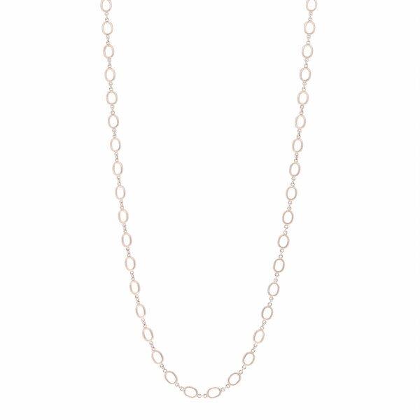 "Closeup photo of 26"" Oval Link Gold Chain Necklace"