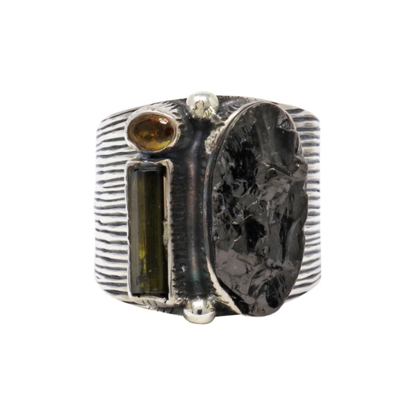 Closeup photo of Shungite Ring With Tourmalines Size 7