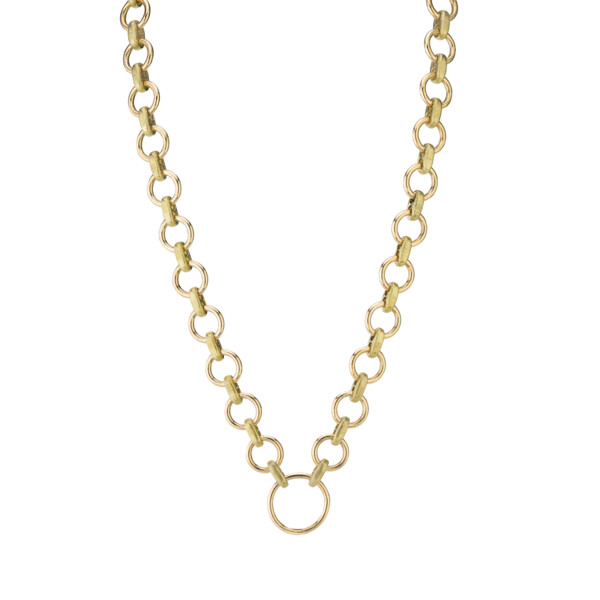 Closeup photo of SLOANE STREET ROUND LINK NECKLACEWITH STRIE CONNECTORS, 18K-YG
