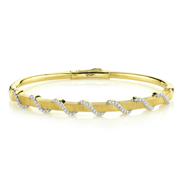 Closeup photo of SLOANE STREET GSI DIAMOND WRAP BRACELET WITH STRIE DETAIL, 18K-YG