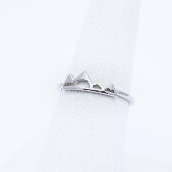 Closeup photo of Sterling Silver Mtn Ring
