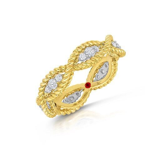 Closeup photo of Barocco 18K Yellow Gold Diamond Ring