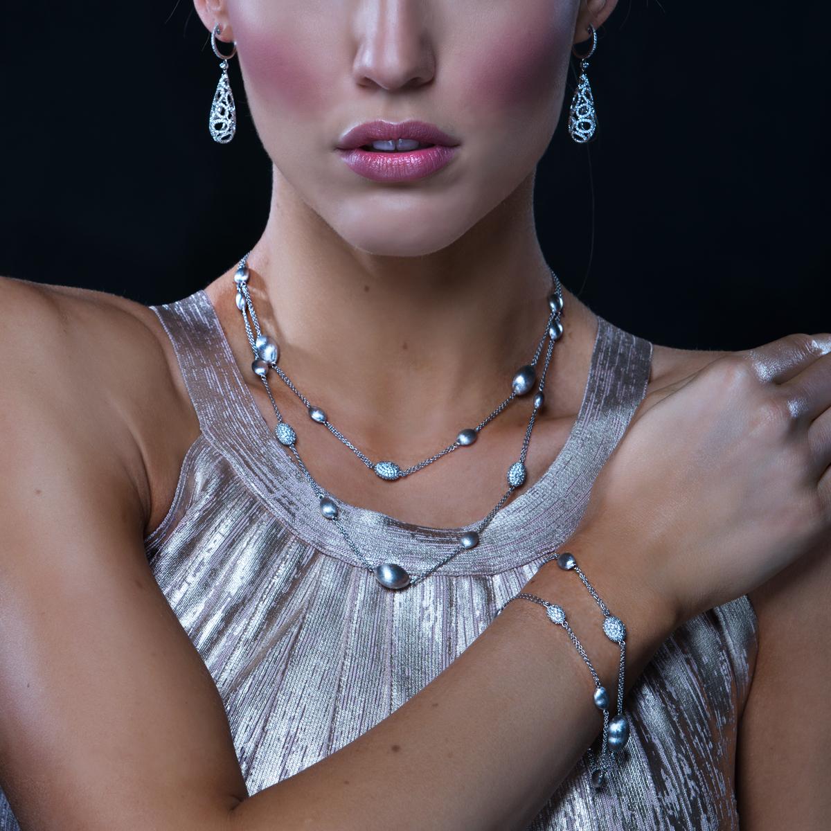 18K White Gold And Diamond Earrings - alternate