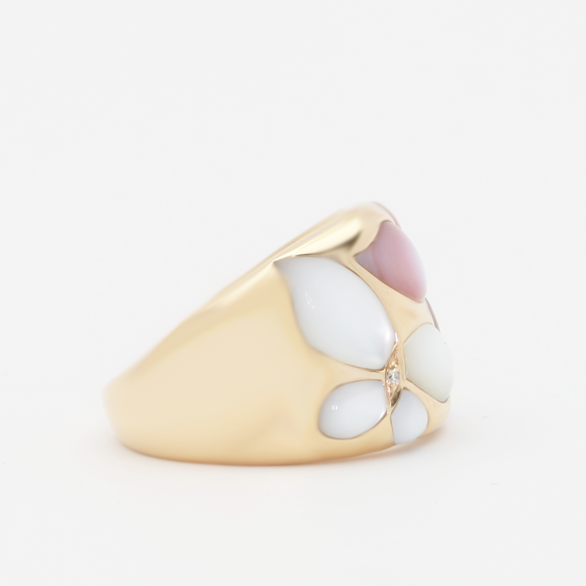18K Pink And White Mother Pearl Ring - alternate
