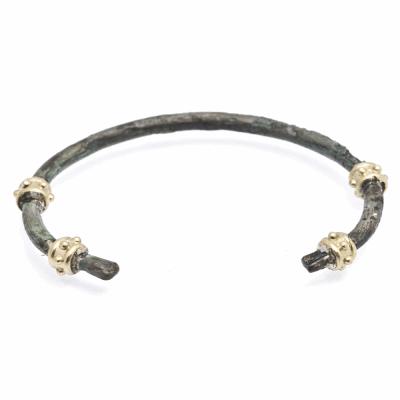 Sueno 18k yellow gold granulated artifact cuff bracelet.