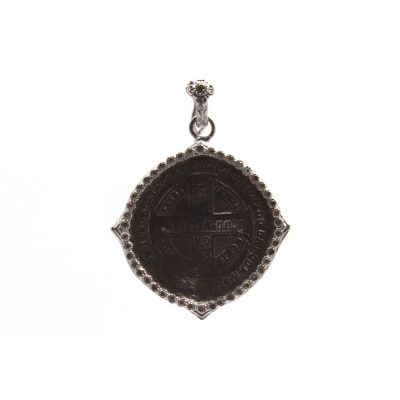 New World sterling silver and blackened sterling silver round coin enhancer with champagne diamonds. Diamond Weight 0.21ct