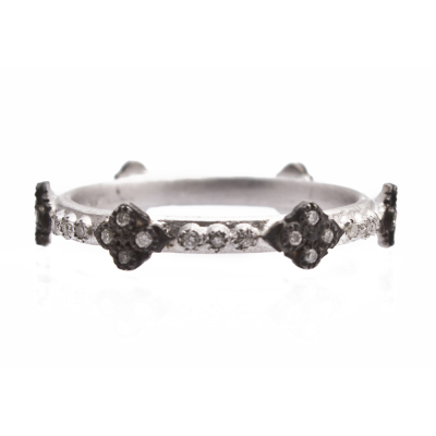 New World sterling silver and blackened sterling silver crivelli stack ring with white diamonds. Diamond Weight 0.17ct