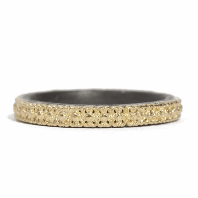 18k yellow gold and blackened sterling silver scalloped-edge stack ring.