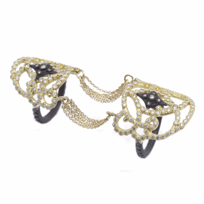 Old World blackened sterling silver and 18k yellow gold double-finger chain ring with white and champagne diamonds. Diamond Weight 0.99ct