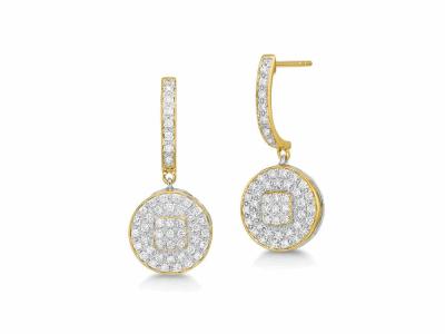 Collection: SuenoStyle #: 07390Description: 18k Yellow gold black diamond cravelli stack ring.Metal: 18k Yellow Gold