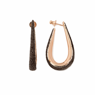 Small Horseshoe Polvere Di Sogni Earring. Sterling Silver with an 18K Rose Gold Vermeil.