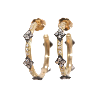 18k yellow gold and blackened sterling silver 16.5mm crivelli hoop earrings with white diamonds. Diamond Weight 0.28 ct.