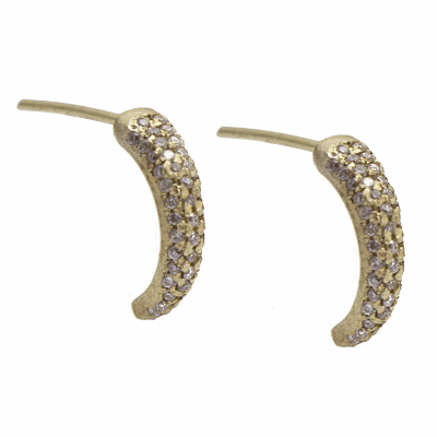 Sueno YG 13mm dagger post earring with four rows of white diamonds.