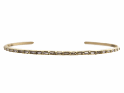 Collection: Sueno Style #: 13529 Description: Sueno 18k yellow gold thin cuff with white sapphire baguettes.Metal: 18k Yellow Gold