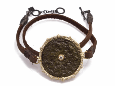 "Collection: Sueno Style #: 13621 Description: Sueno 18k yellow gold 13""-14"" 31mm pointed round artifact double-wrap leather bracelet with white diamonds. Diamond weight - 0.44 ct.Metal: 18k Yellow Gold"