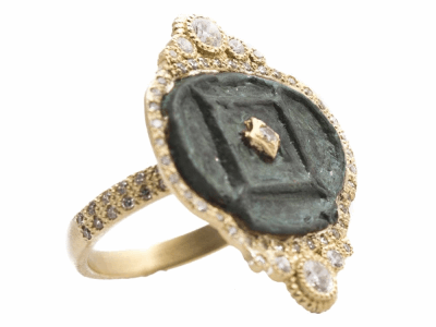 Collection: Sueno Style #: 13626 Description: Sueno 18k yellow gold horizontal oval artifact ring with white diamonds. Diamond weight - 0.64 ct.Metal: 18k Yellow Gold