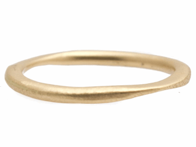Collection: Sueno Style #: 10513 Description: Sueno 18K Yellow Gold thin stack ring.