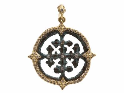Collection: Sueno Style #: 9672 Description: Sueno 18k yellow gold round cut-out artifact enhancer with white diamonds.Metal: 18k Yellow Gold