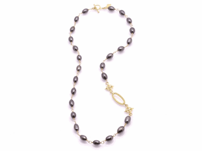 "Collection: Sueno Style #: 07514Description: Sueno 18k yellow gold 20"" pointed single-scroll and oval black diamond beaded necklace with white diamonds.Metal: 18k Yellow Gold"