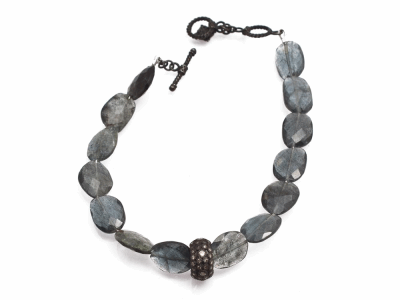 "Collection: Old World Style #: 13848 Description: Old World midnight 7""-7.5"" Moss Aquamarine beaded pull bracelet with champagne diamonds. Diamond weight - 0.5 ct.Metal: .925 Sterling Silver/18k Yellow Gold"