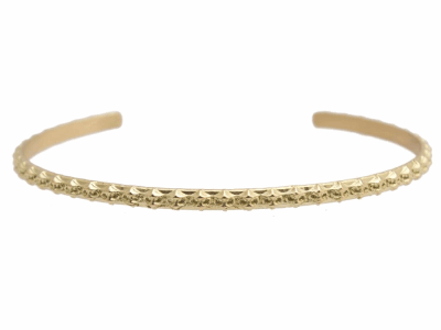 Collection: Old World Style #: 12479 Description: Sueno 18k yellow gold skinny crivelli cuff bracelet.