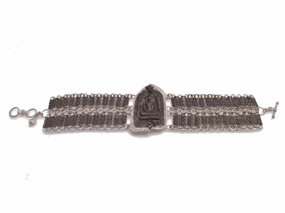"Collection: Old World Style #: 12860 Description: New World blackened sterling silver/sterling silver 7""-7.5"" sitting Buddha link bracelet with champagne diamonds."