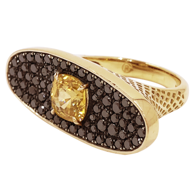 18k yellow gold crownwork across the finger oval ring with pave black diamonds set in oxidized silver and claw-set zircon. Zircon: 2.20cts BDIA: (2.25cts)