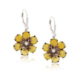 Yellow Diamond Slice Flower earrings in 18K white gold and black rhodium. DIA: 5.06