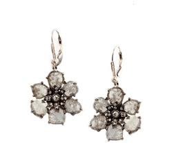 Grey diamond slice flower with white diamonds in 18k gold. DIA:6.15