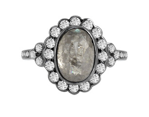 Natural icy diamond center with white diamond ring in 18k. DIA: 3.54