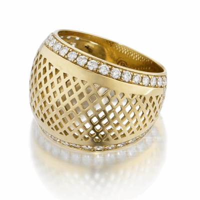 18k Yellow gold crownwork dome top with jpave diamond. DIA: 0.54cts