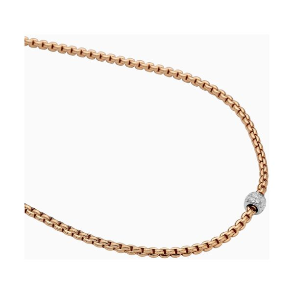 Closeup photo of 43 Cm EKA Tiny Necklace 18k Rose Gold with Diamond Pavé