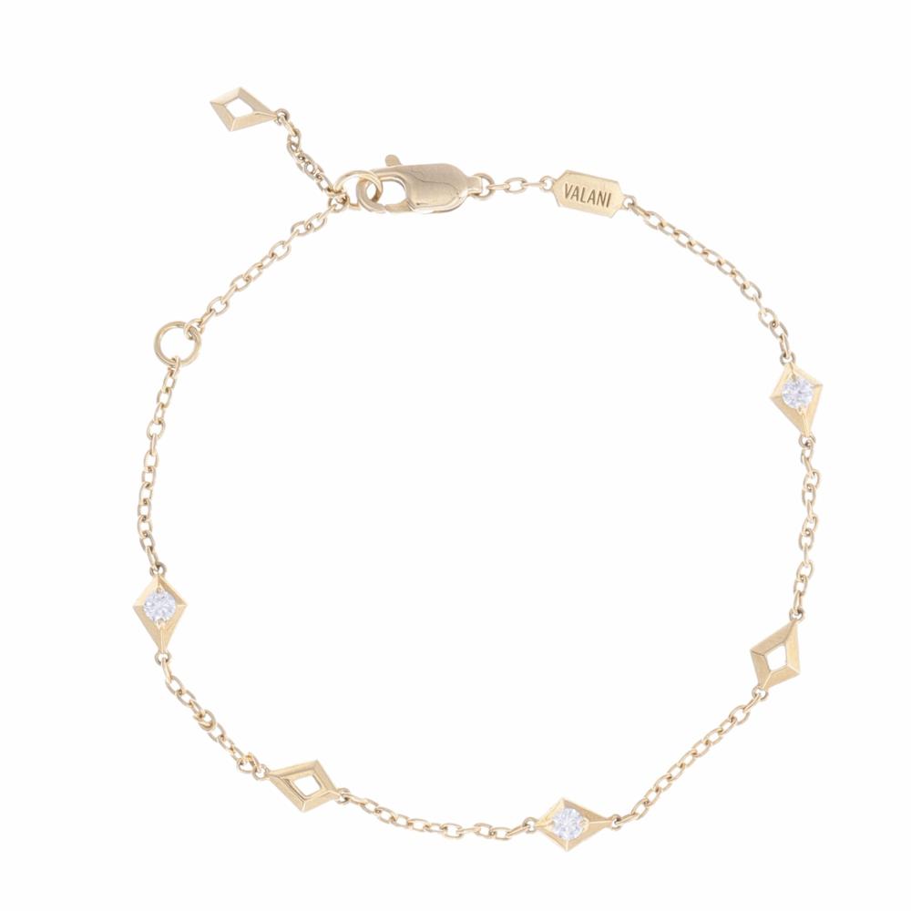 18k Yellow Gold Diamond Station Link Bracelet with Diamond Center