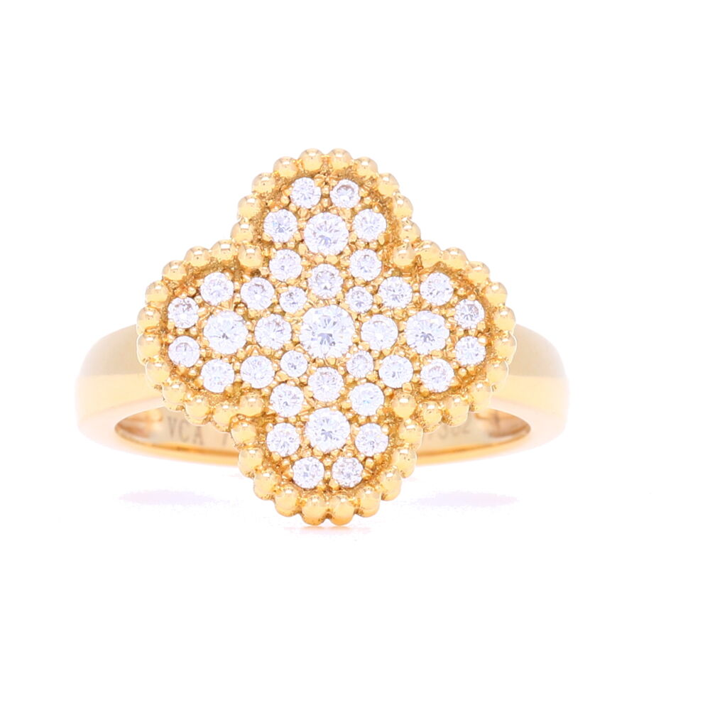18K Yellow Gold Clover Motif Ring