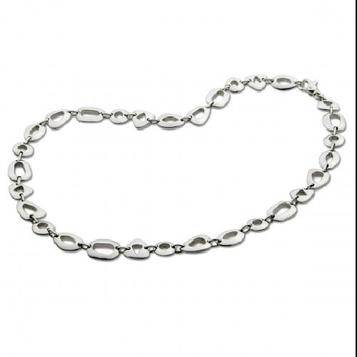Closeup photo of Geometrics Necklace