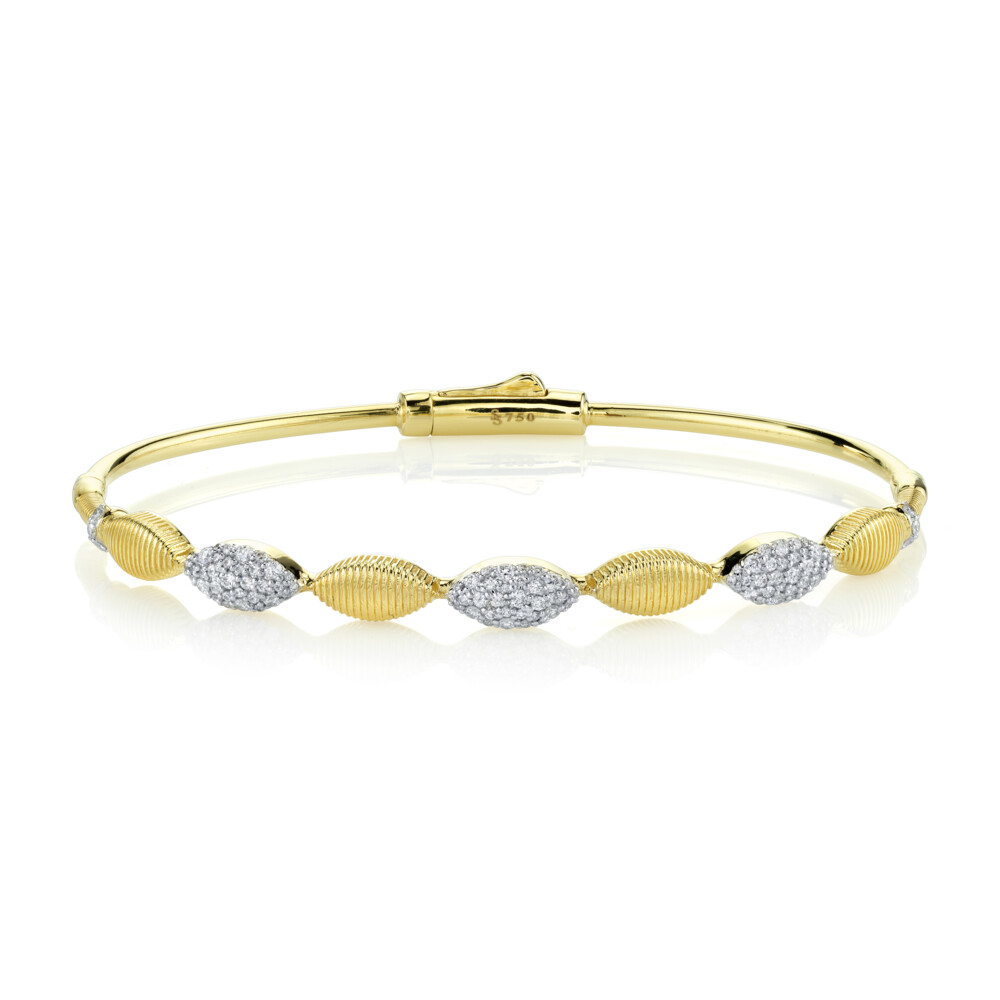 Marquis Bracelet with White Diamond and Strie Detail