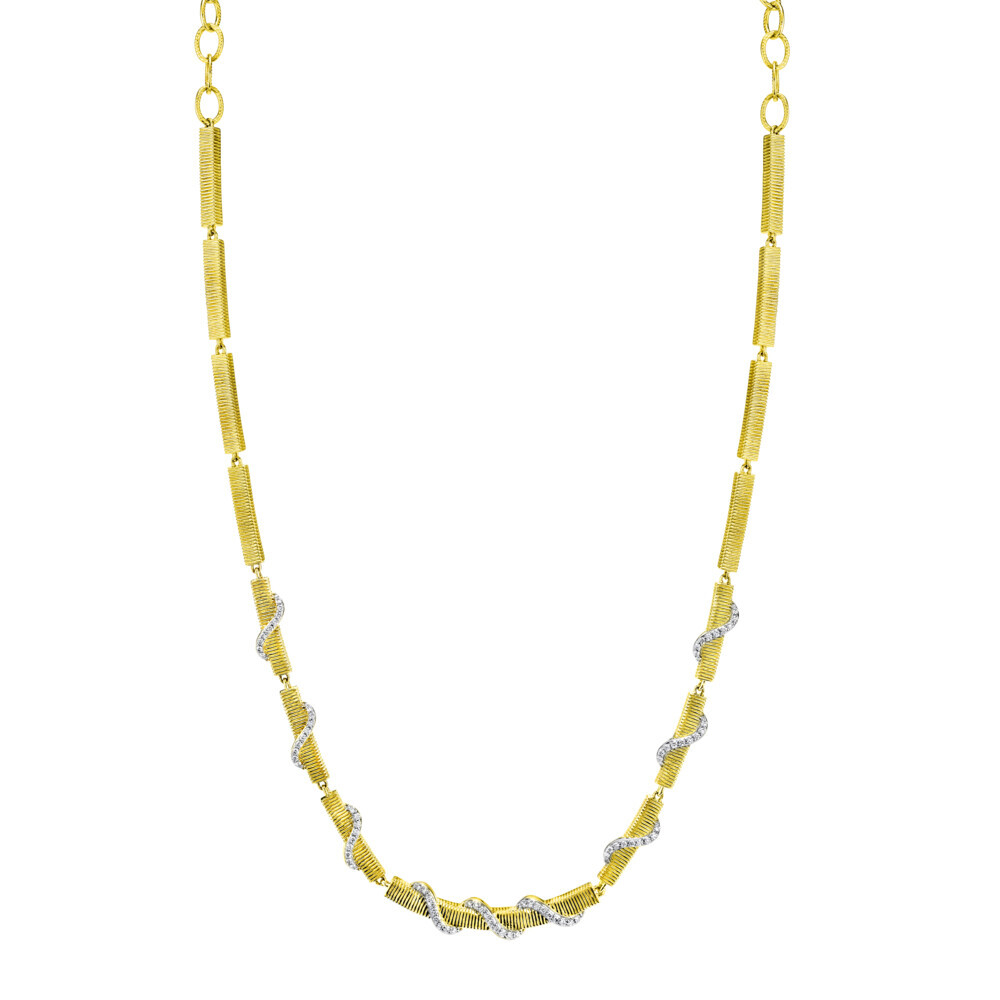 Strie Chain Wrapped With White Diamonds