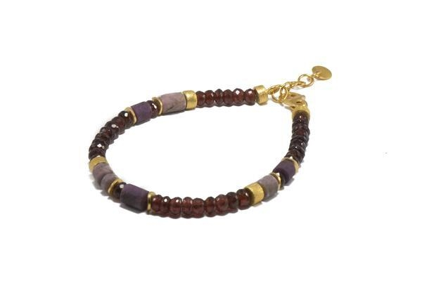 Closeup photo of 24k Gold Vermeil Labradorite, Garnet & Ruby Beaded Bracelet
