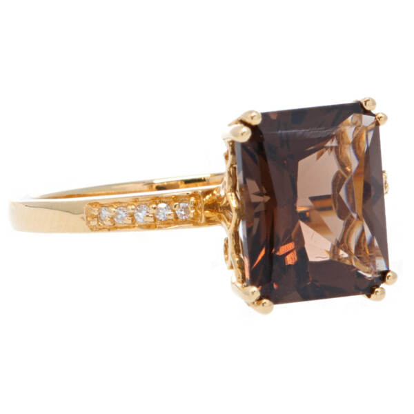 Closeup photo of SMOKY QUARTZ RING 14K GOLD WITH DIAMONDS