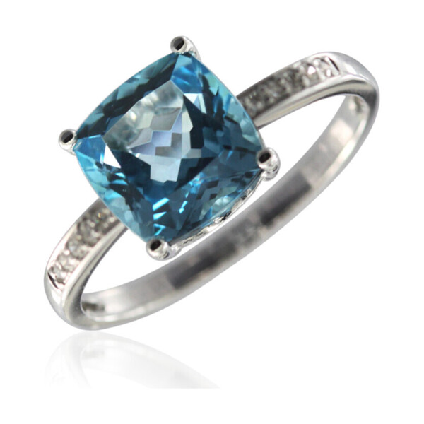 Closeup photo of SWISS BLUE TOPAZ RING 14K GOLD WITH DIAMONDS