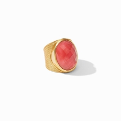 Closeup photo of Verona Statement Ring