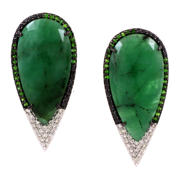 Closeup photo of Emerald Earrings 18k Gold with Diamonds and Tsavorite