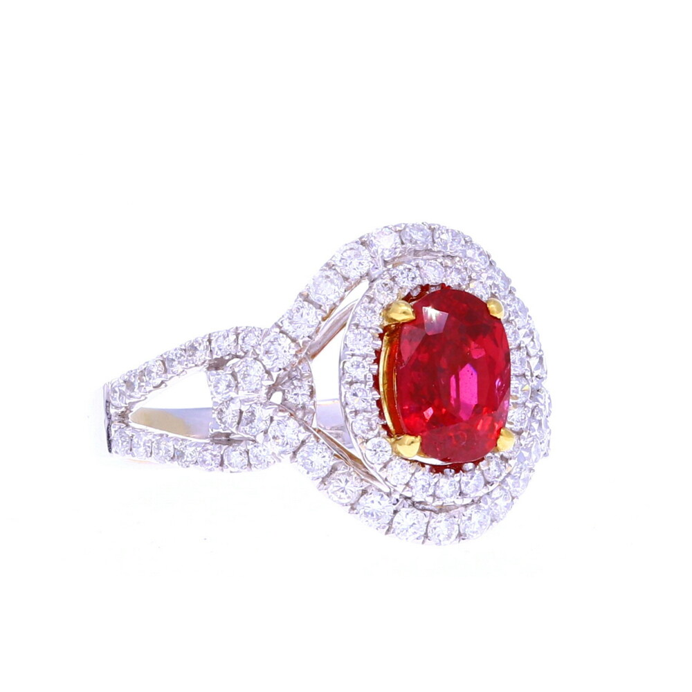18k White Gold Oval Ruby Ring