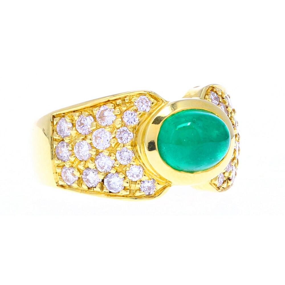 18k YG Emerald Cabochon Ring