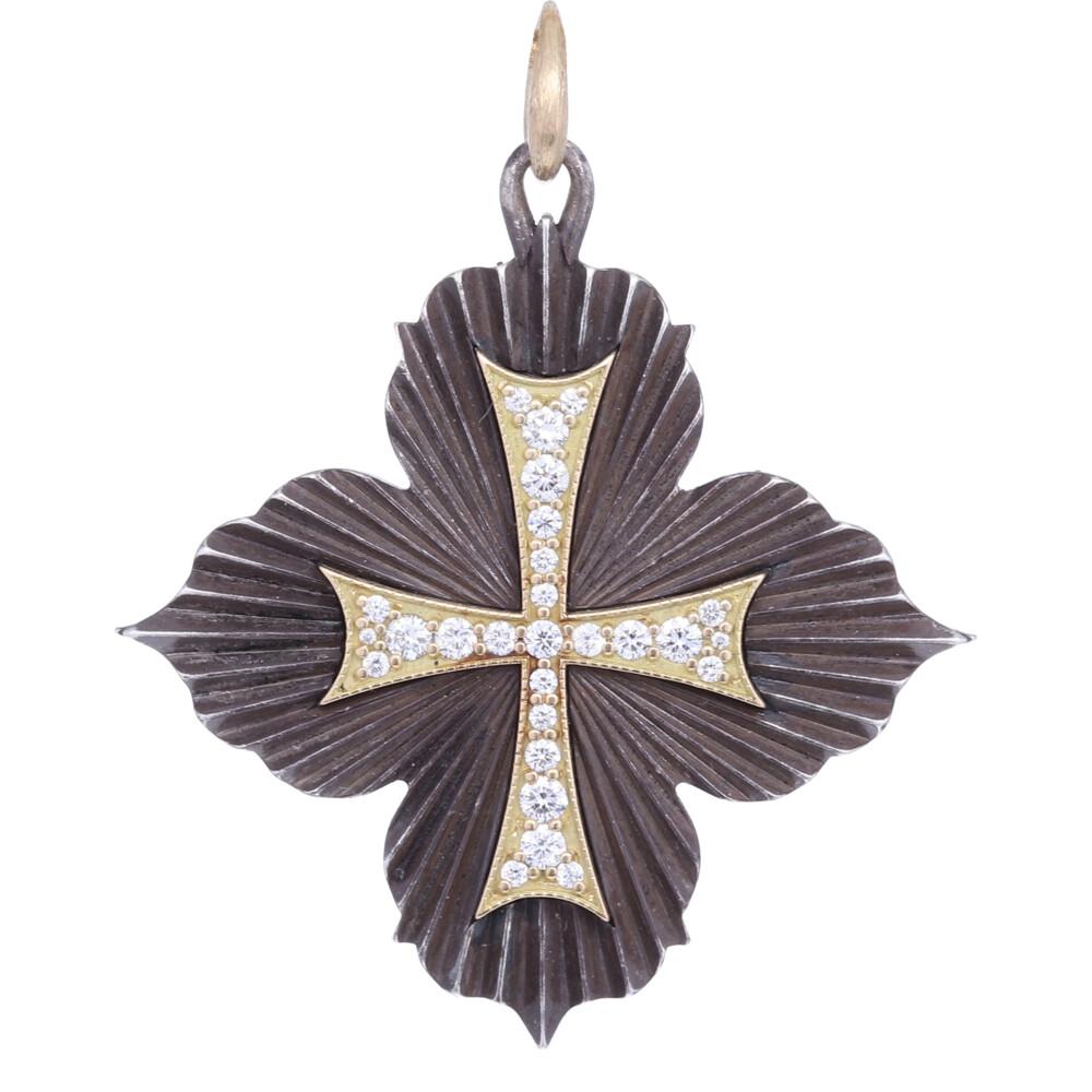 18k Large Ornate Ruche w/Maltese Cross